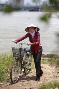 La chanteuse et actrice Phương Thanh © 2013 http://us.eva.vn