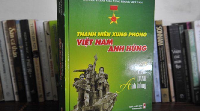 Phương Liên : Ra mắt sách 'Thanh niên xung phong anh hùng'